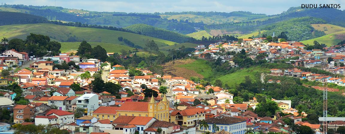 slide_cidade_montanha